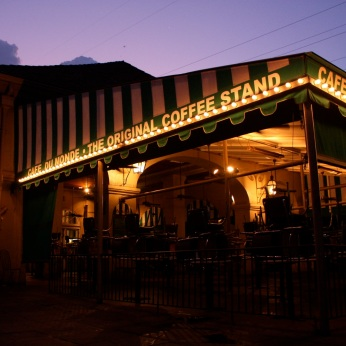 Cafe Du Monde at 6am